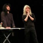 Galaxis útikalauz stopposoknak színházi előadásról